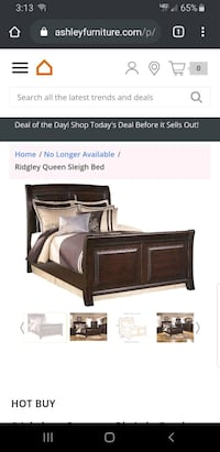 Queen size sleigh bed  Charlotte, 28277
