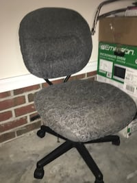 black and gray rolling chair Goldsboro, 27530