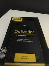iPhone X defender otter box case Toronto, M1X 1X4