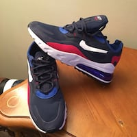 NIKE'AIR MAX-270-SZ-10-NEW