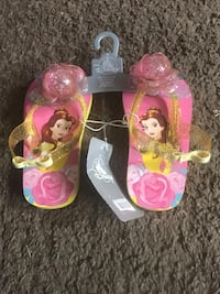 Disney girl baby shoe brand new size 7/8 with tag good to gift Las Vegas, 89103