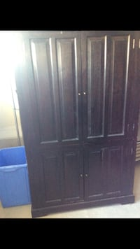 Armoire solid wood