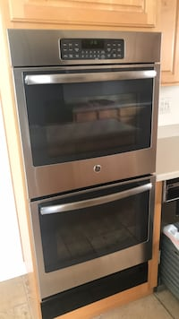 GE double oven  Thousand Oaks, 91362