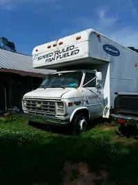 16 ft box truck  Connelly Springs, 28612