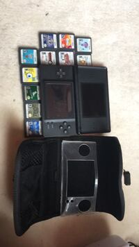 ds 1 with case and 11 games 24 km