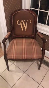 Brown wooden framed brown padded armchair Potomac, 20854