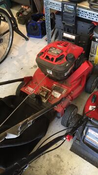 red and black push mower Dumfries, 22025