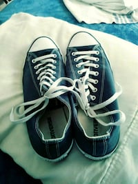 Size 12 low top blue All Star Converse New Castle, 19720