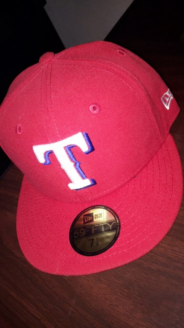 249b8e5fc1e Used red and white New Era 9Fifty snapback for sale in Fort Worth ...