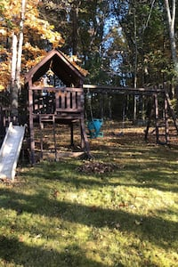 Swing set Methuen, 01844