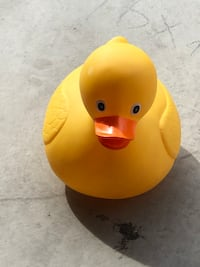 Cute plastic duck - jumbo bath toy - new  Henderson, 89044