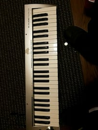 black and white electronic keyboard Bedford, 76022