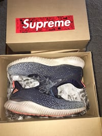 Adidas alphabounce size 9.5 blue and orange Tualatin, 97062
