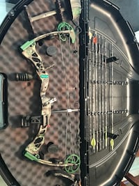 green and black compound bow Spring, 77386