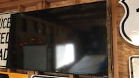 "50"" smart tv with wall mount"