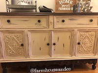 Antique Buffet - distressed and perfect for your country rustic decor! El Paso, 79906