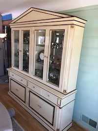 white wooden china cabinet with cabinet Waterford, 48329