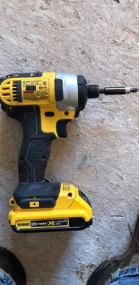 yellow and black DEWALT cordless impact wrench Troy, 45373