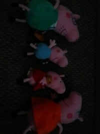 Peppa Pig family set plushes  Germantown, 20876