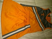 Size 3 2 piece cheerleading outfit Alcoa, 37701