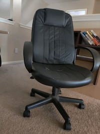 Office chair Pearland, 77584
