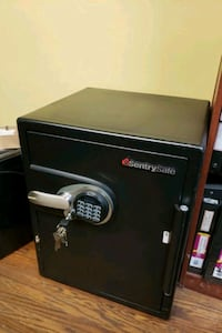 SentrySafe DSW5781Safe 1- Hour Fireproof, Waterproof, Electronic Safe, Mississauga, L5A 1W7