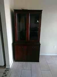 Cherry wood cabinet Horizon City, 79928
