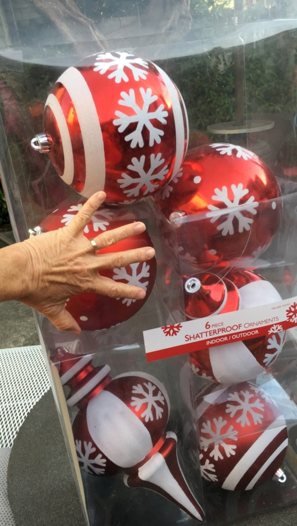 Very Large Outdoor Christmas Ornaments