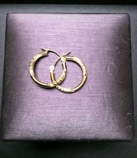 10k Gold small hoop earrings Mississippi