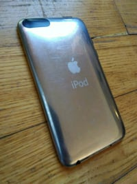 IPOD TOUCH 8GB (2ND GENERATION)