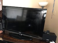 Toshiba flat screen high definition, good condition almost new Lowell, 01850