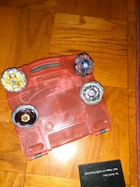 Beyblade set and case Oxon Hill, 20745