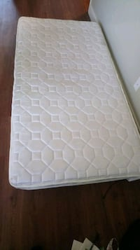 Twin mattress Long Beach, 90804