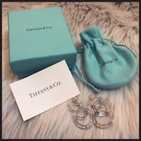 Tiffany and Co Atlas Collection 3 link hoop earring with Roman numerals New York, 10033
