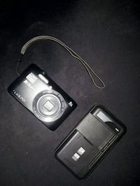 Nikon coolpix 16gb sd card with it and charger  507 km