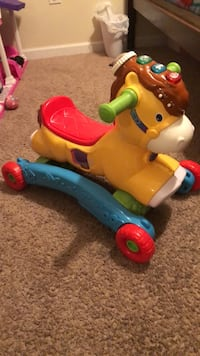 toddler's multicolored ride on toy Macon, 31204