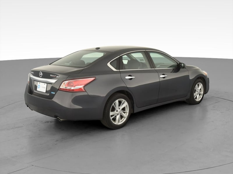 2013 Nissan Altima sedan 2.5 SV Sedan 4D Gray  10