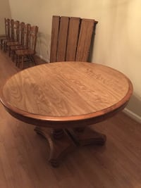 Beautiful Oak Dining Table Set 2393 mi