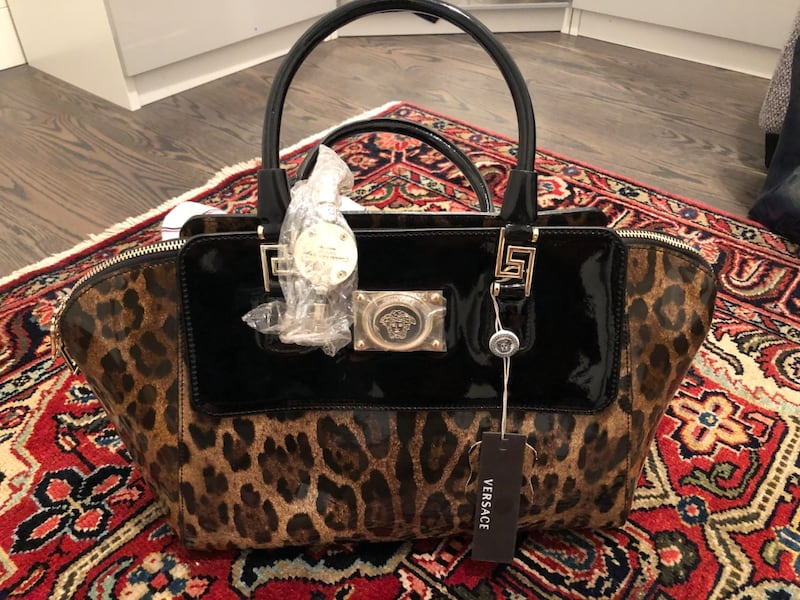 Authentic Versace bag new with tag 6793beed-11b0-44af-ba83-23342c63c9b0