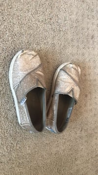 pair of gray slip-on shoes Simi Valley, 93063