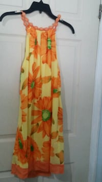 women's yellow and red floral sleeveless dress Mississauga, L4T 3T3