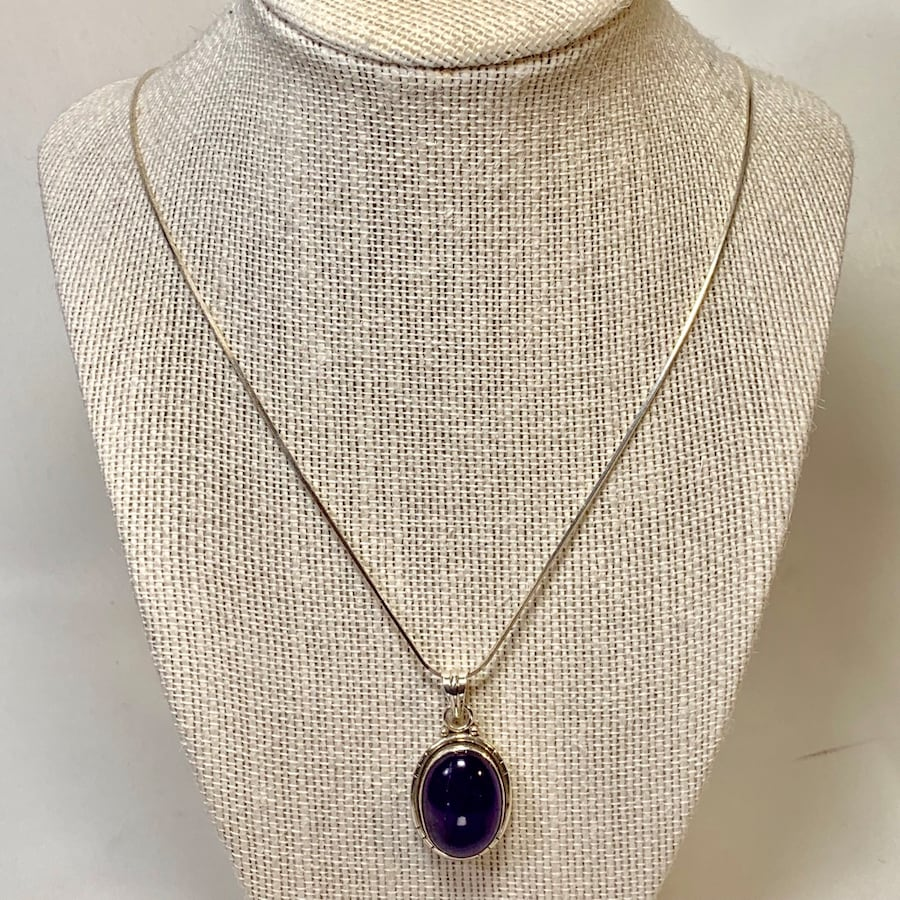Genuine Sterling Silver Amethyst Pendant with Sterling Rope Chain 6651405a-aab0-4011-b148-23d78f0c6e6d