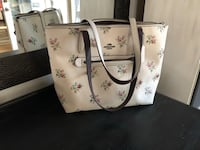 Coach 'Taylor' Tote - like new  Littleton, 80127
