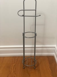 Freestanding toilet paper holder with reserve Toronto, M1S