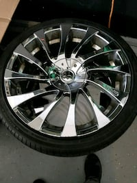 Rims and tires like new 22 universal for a car
