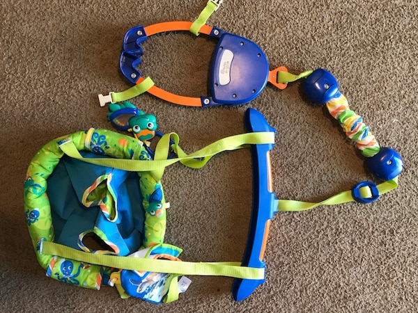 046f605ea Used Baby Einstein door jumper for sale in Napa - letgo