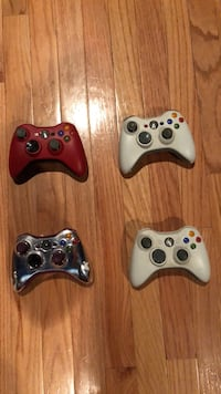 XBOX 360 Controllers (1 has a mod) package deal Montvale, 07645