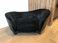 Black Velvet Luxury Dog bed Toronto, M5S 1P7