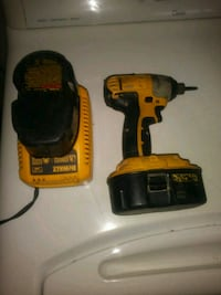 DRILL WITH EXTRA BATTERY AND CHARGER Salinas, 93901