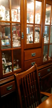 China Cabinet And Table 8 Chairs